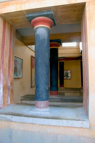 Veduta della stanza delle copie degli affreschi minoici.